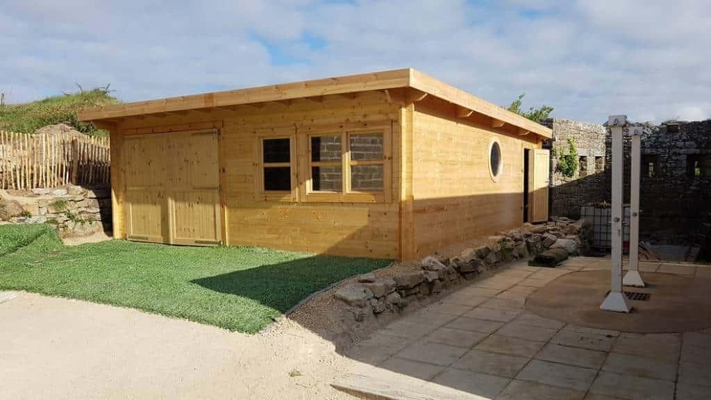 Kernevest garage abri sur mesure bois massif